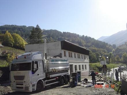 camion-hydrocureur station